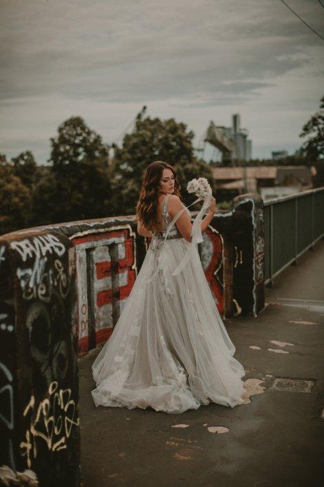 Brautkleid auf Südbrücke