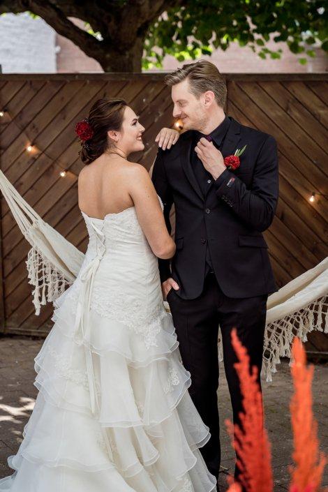 Liebendes Brautpaar