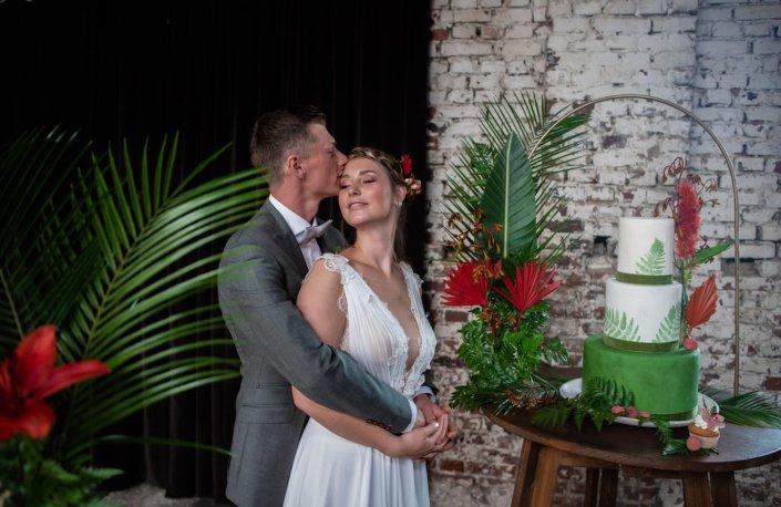 Tropical Vibes Hochzeitstorte